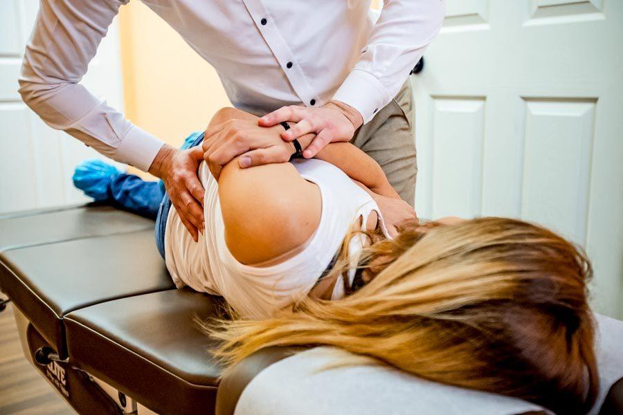 Chiropractor-Injury-Portland-Vancouver-Gresham-10-of-15-900x600